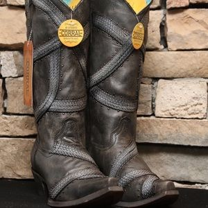 Corral Black Braided and Studs Western Boots